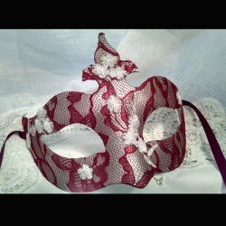Mask Red Lace Princess